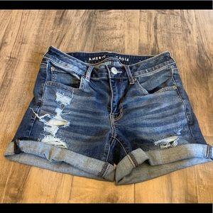 American Eagle Midi shorts size 6
